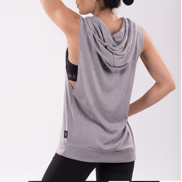 AT CIRCLE Women Sleeveless Hoodie