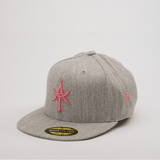 5 Panel Snap back Gray & Pink