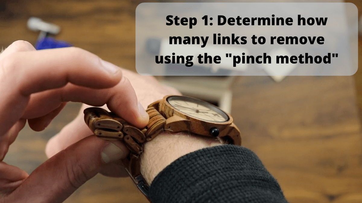 How many links to remove from a wooden watch
