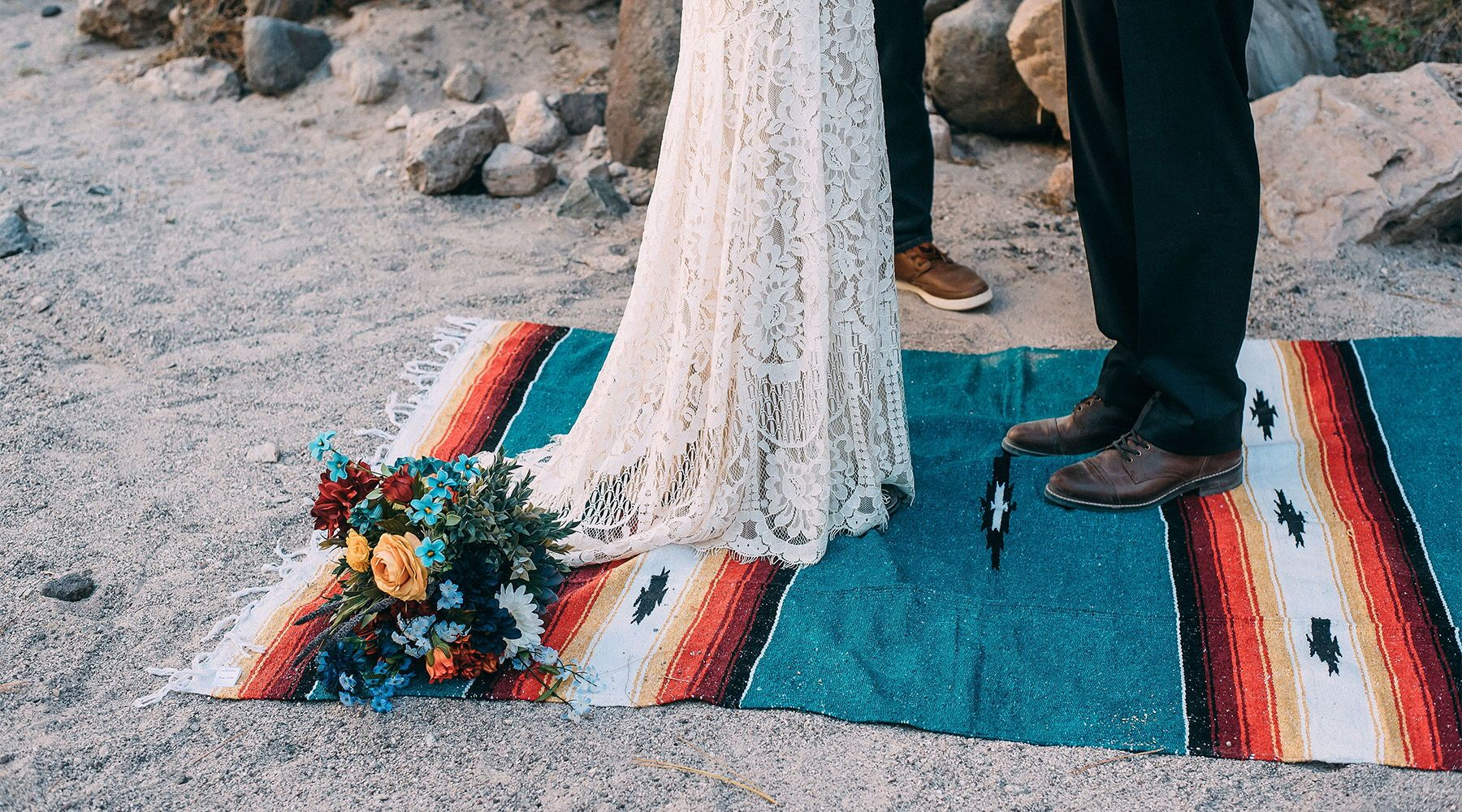 Wedding Decor Hacks: Trek Light Gear Blankets