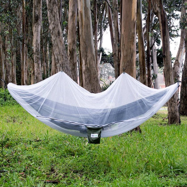 Setting Up Your Hammock Bug Net - Hammock Camping