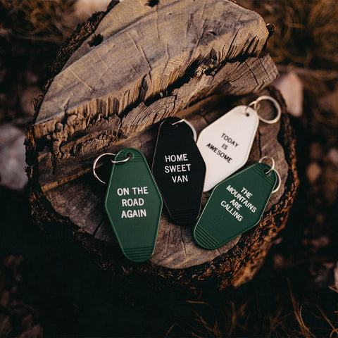 Vintage Retro Key Tag Keychains With Funny Sayings Inspirational Quotes