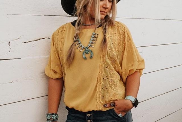 LACE SIDES TOP