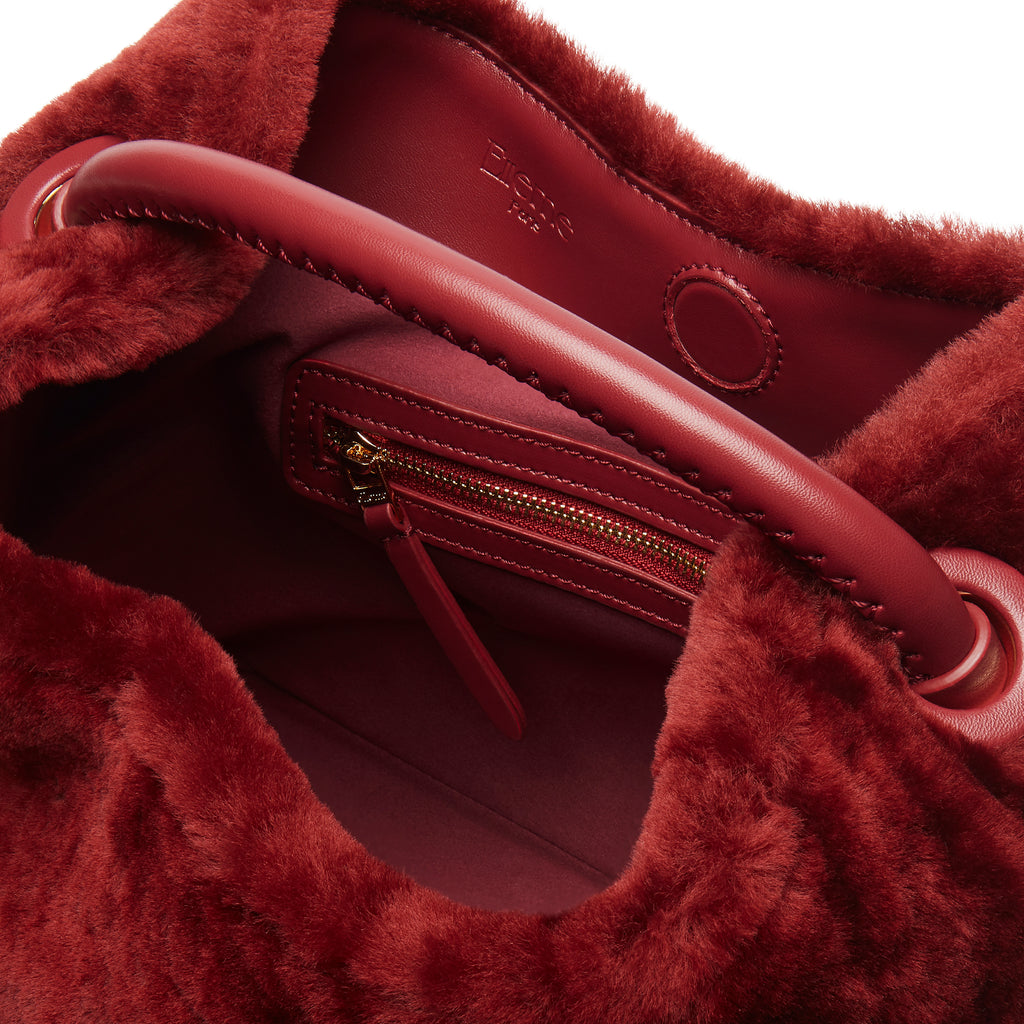 Raisin Shearling <span>Montone Burgundy</span>