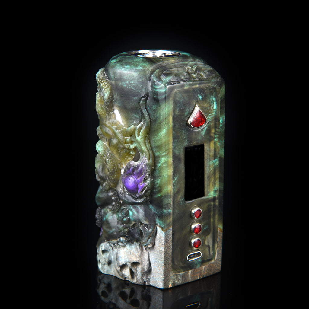 Legend of Cthulhu • Dual DNA250C • by Master Carver Tegal