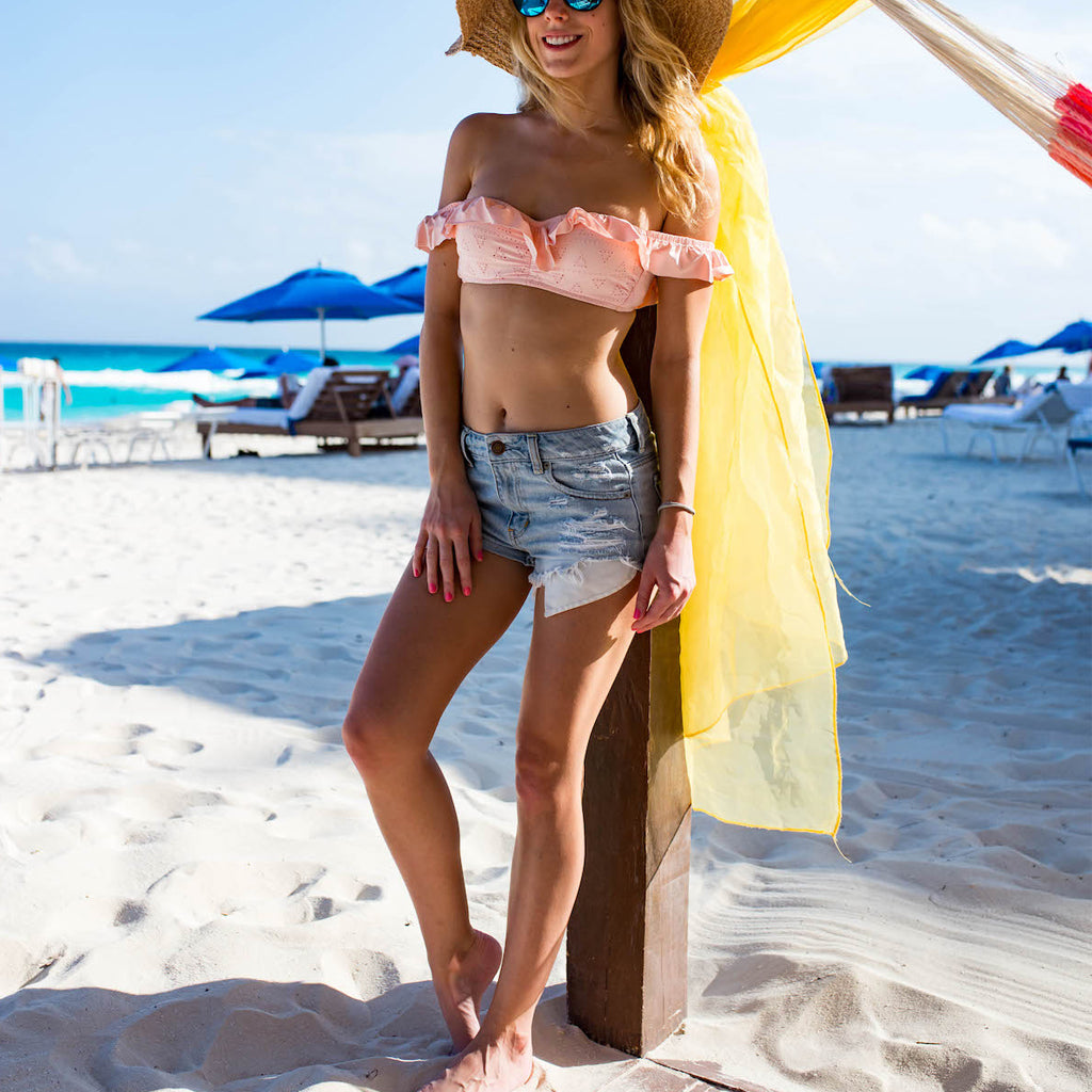 Trend of Off-the-shoulder Swimwear
