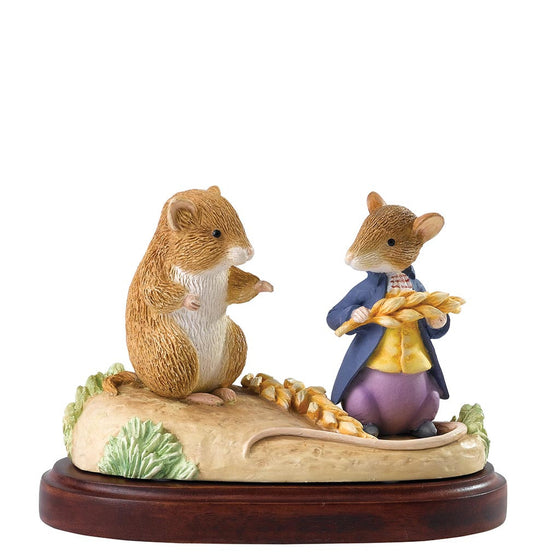 Timmy Willie & Johnny Town Mouse Members Only Figurine