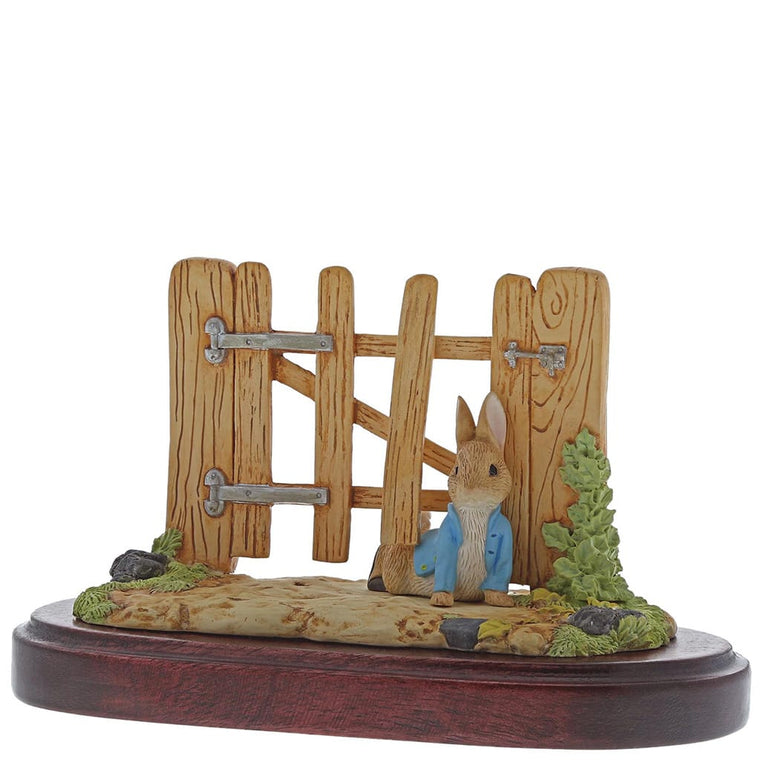 Beatrix Potter Peter Rabbit Squeezed Under Gate Members Only Figurine