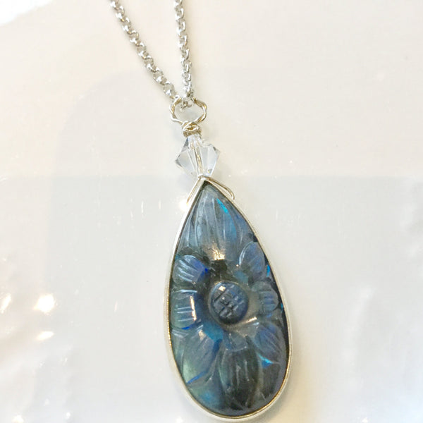 Reversible labradorite and sterling silver pendant necklace