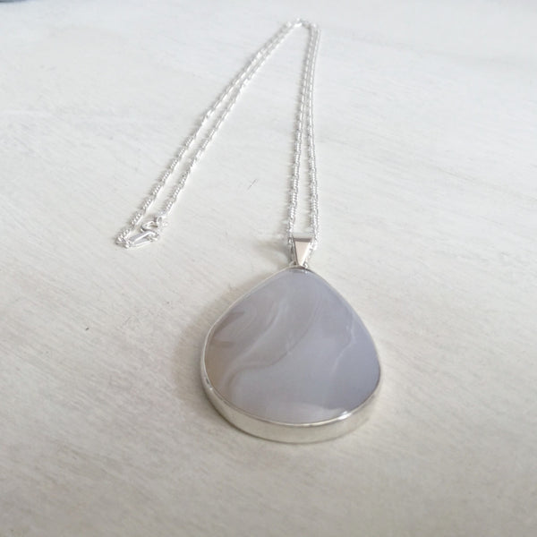 Grey agate pear shaped pendant