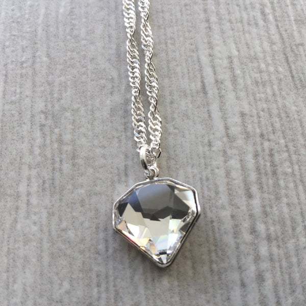Swarovski crystal elements chaton cut pendant necklace