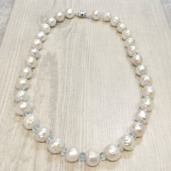 Ivory freshwater baroque pearl necklace with aquamarine