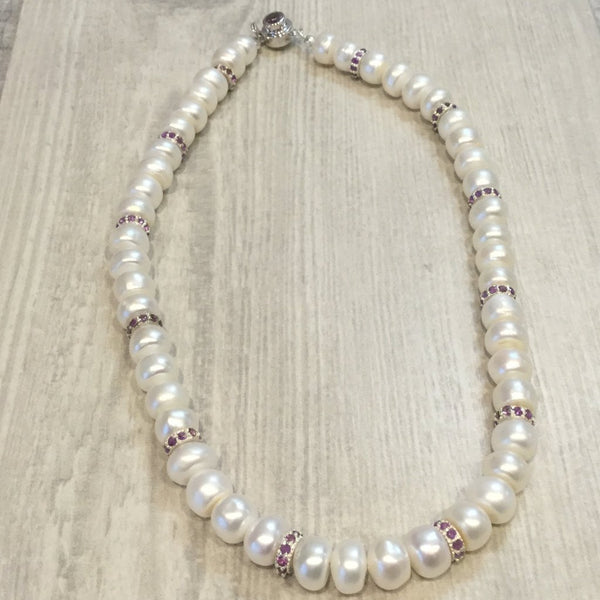 Ivory button pearl necklace with amethyst
