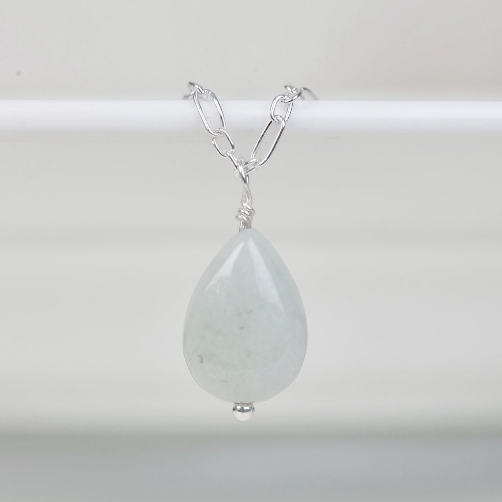 Jadeite small pear drop  necklace