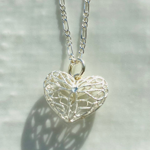 Filigree style heart necklace