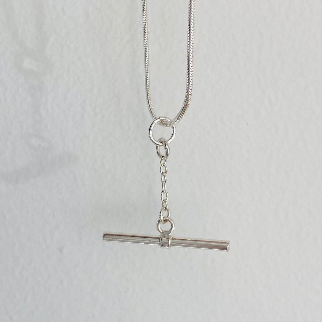 T-  bar necklace
