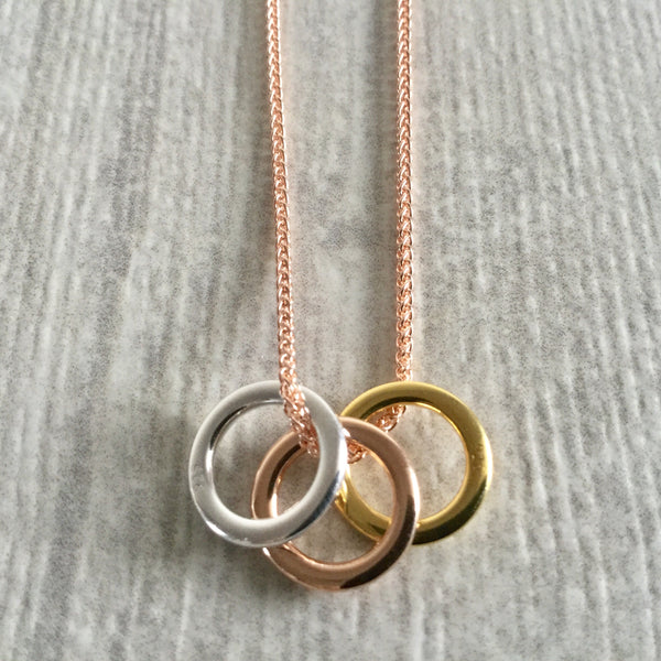 Three rings sterling silver necklace