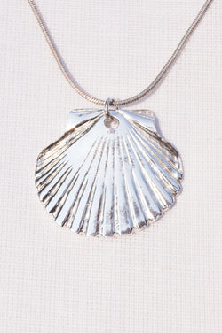 Silver Scallop Shell - Medium