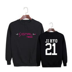 "TWICE ""SIGNAL"" SWEATER BLACK"