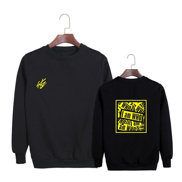 "STRAY KIDS ""I AM WHO"" TOUR SWEATER"