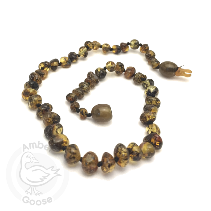 Momma Goose Amber Teething Necklace - 1044 Baroque Green