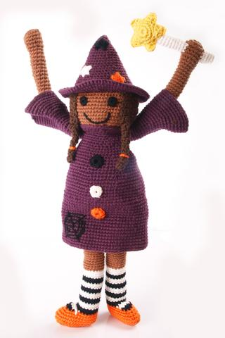 Pebble - Wendy Witch