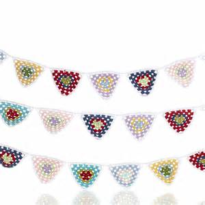Pebble Crochet Bunting - White w Multi Color