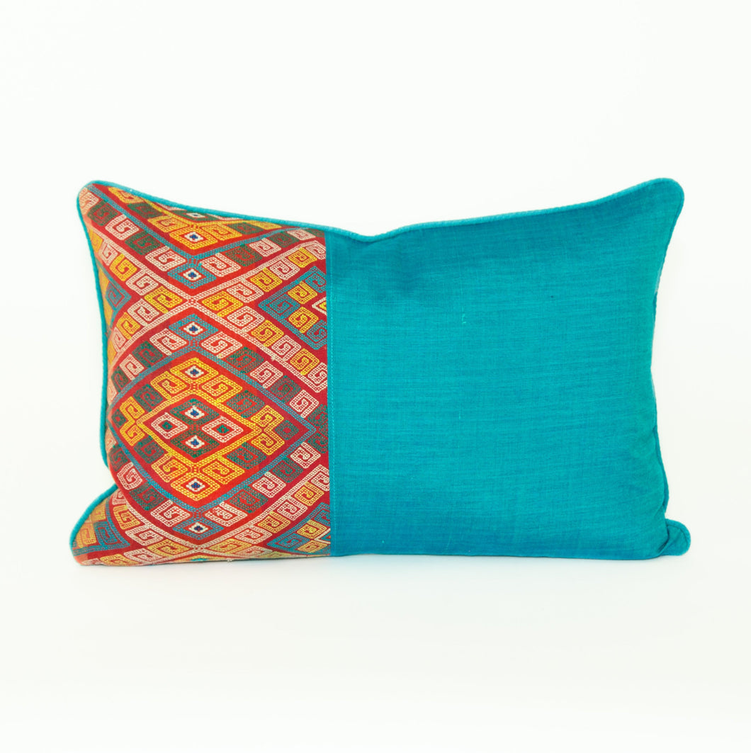 Mix Pillow - Vintage and New - Memento Style