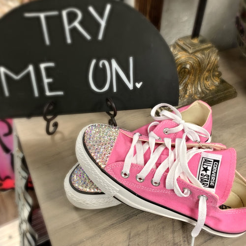 Low-Top Starburst Converse
