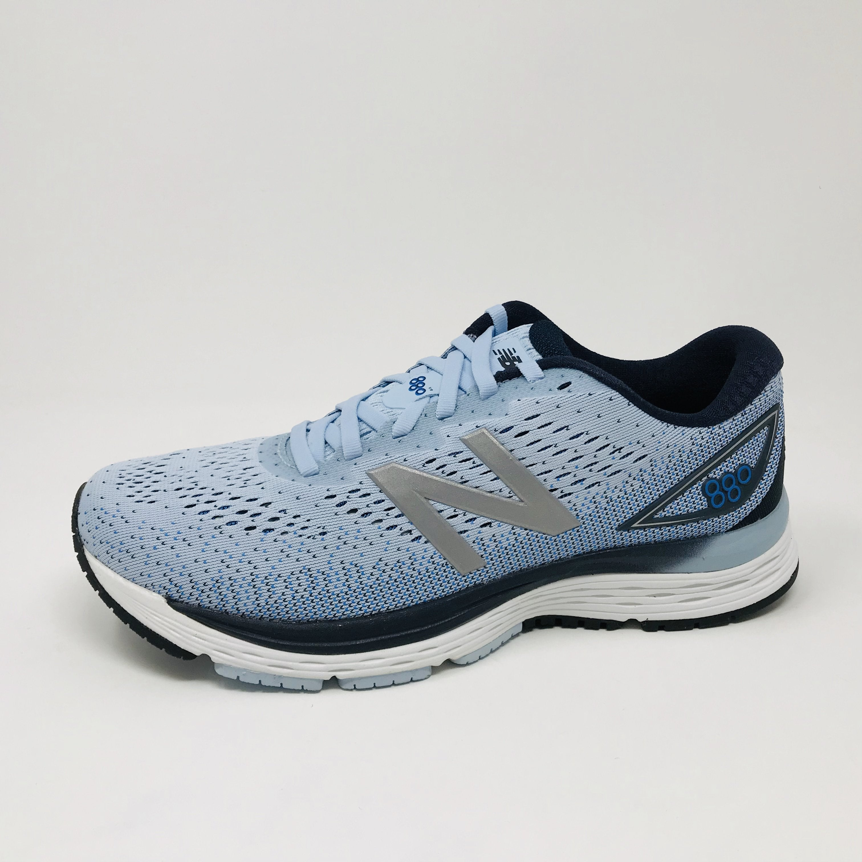Women's 880 v9 (AB - light blue)