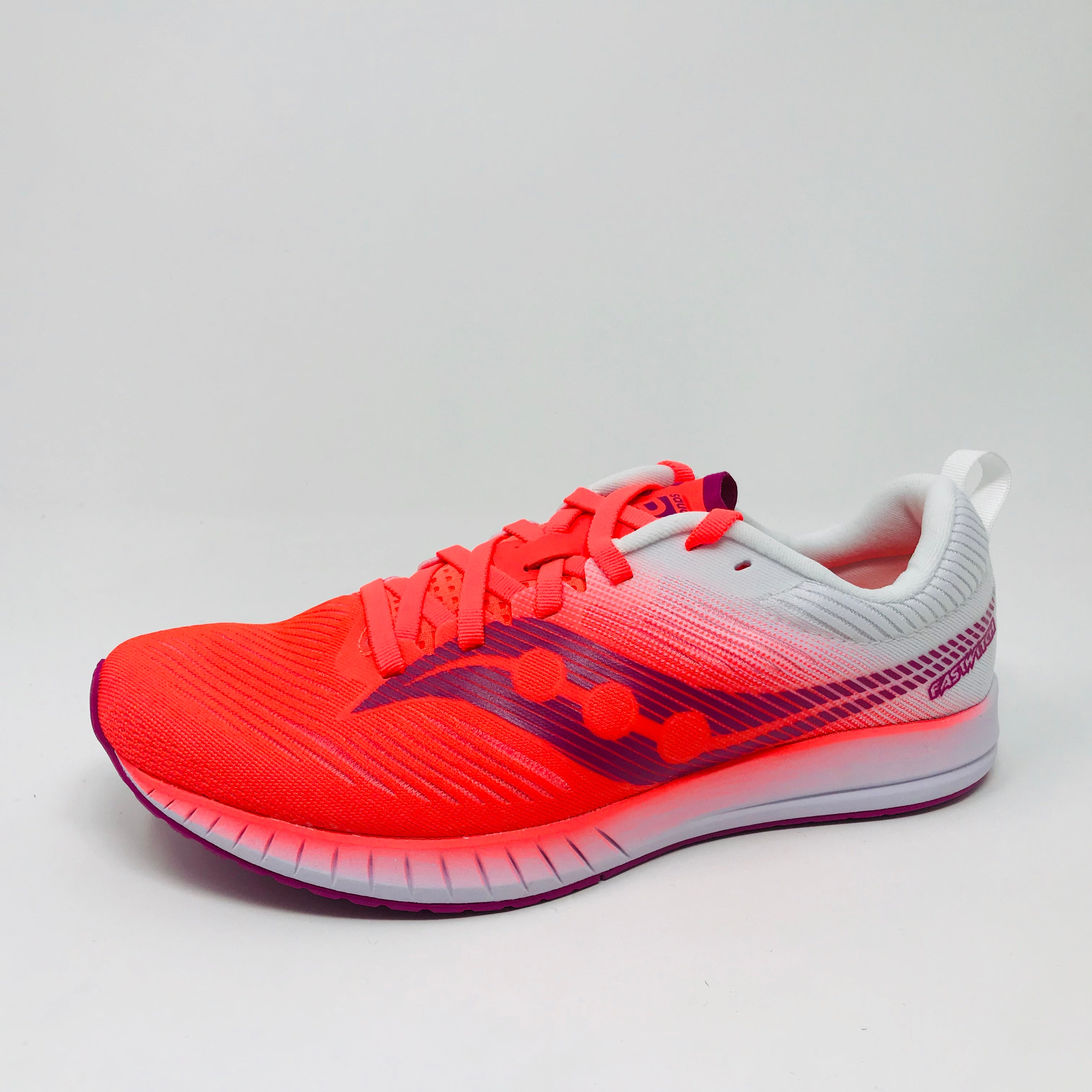 newest f4592 a4fdd Women's Saucony Fastwitch 9