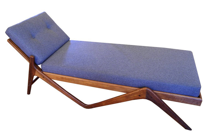 Scandinavian Chaise Lounge
