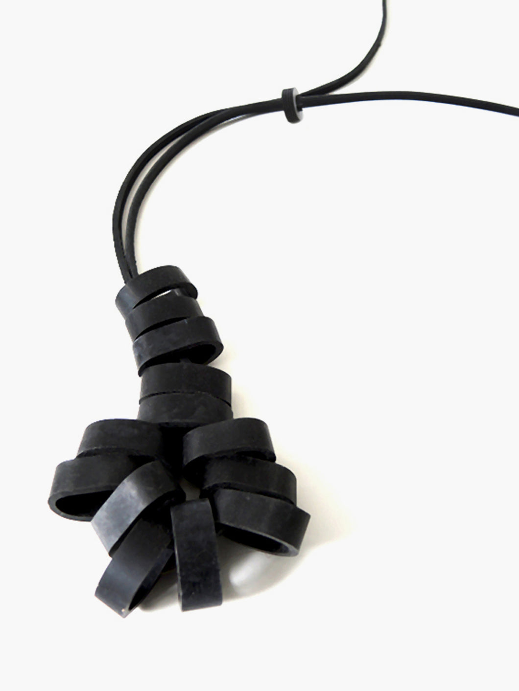 BLACKBONES Necklace No. 007
