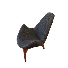 Rare Lounge/Slipper Chair