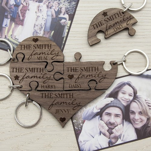 wooden jigsaw key ring in five pieces with names on