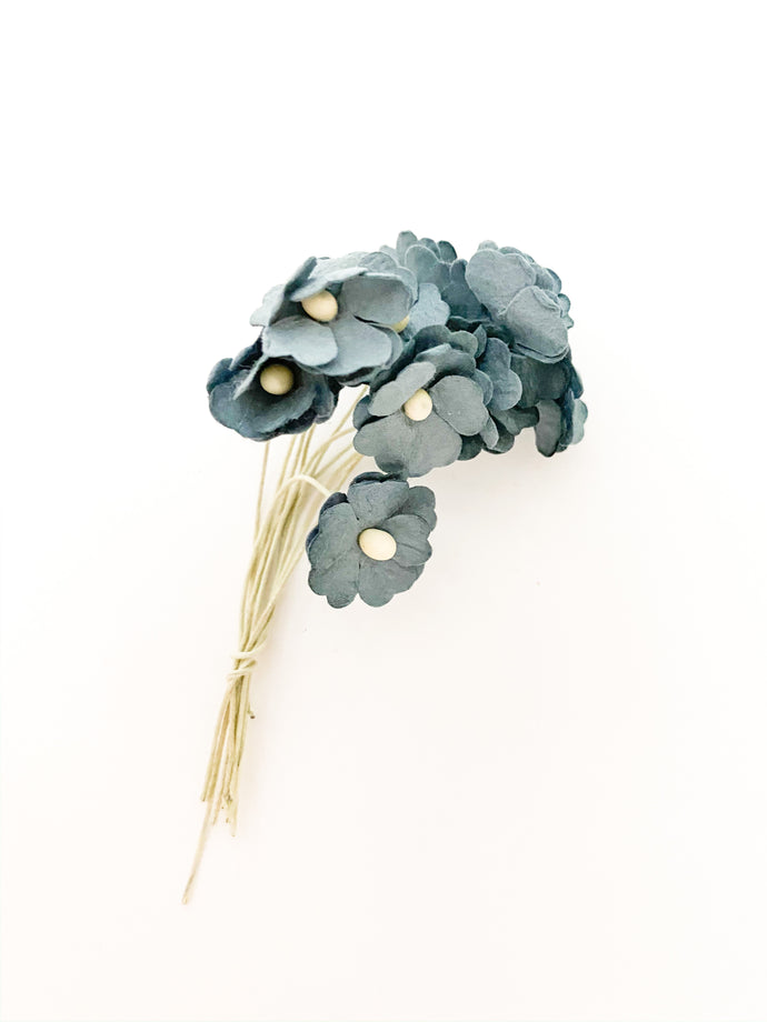 50002 Paper Flower Large Blue Bouquet