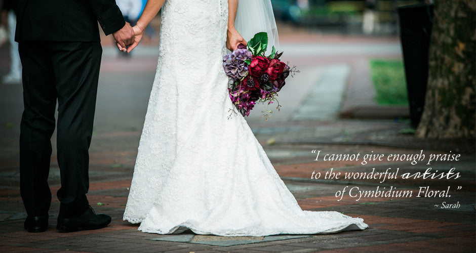 Bride and groom with bridal bouquet and testimonial