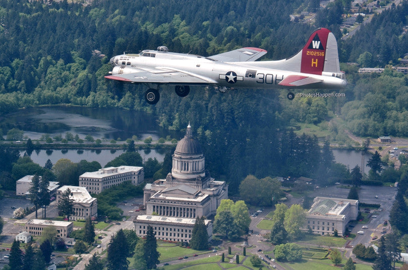 Karyn King Photographs EAA's  B-17 Aluminum Overcast as it Flew Over Olympia and the Capitol Building