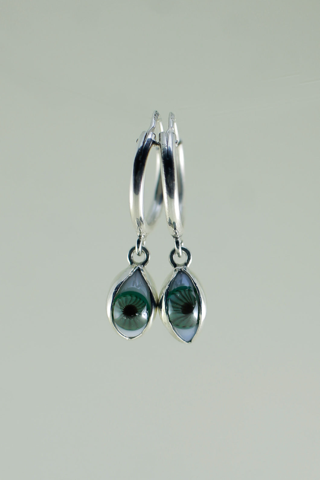 MINI SILVER HOOPS WITH EYES