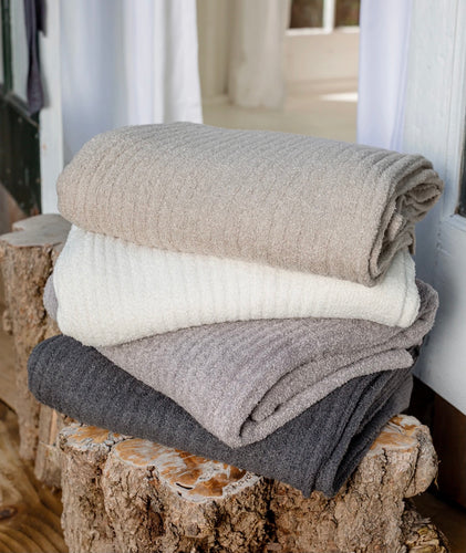BAREFOOT DREAMS - CozyChic Lite® Ribbed Throw