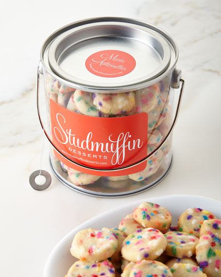 STUD BUCKET OF MARIE ANTOINETTES COOKIE BITES