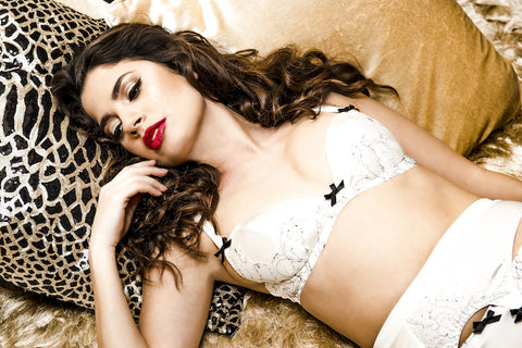 Parisian Rendevous Lingerie Miss Photogenic
