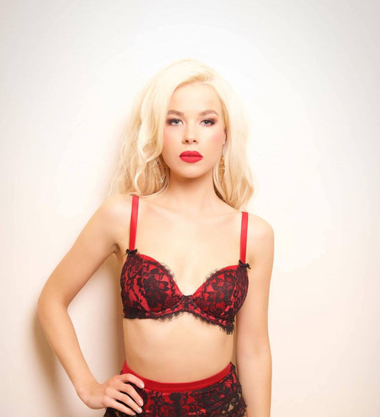 Appassionata Plunge Red Silk and Black French Lace Bra (GOLD Collection), Bras - Miss Photogenic