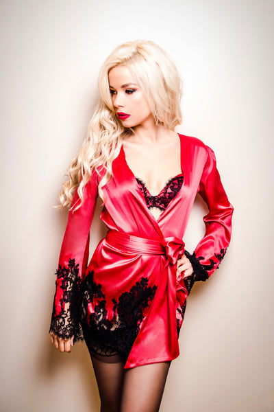 Appassionata Red Silk and Black Lace Kimono Robe, Kimonos - Miss Photogenic