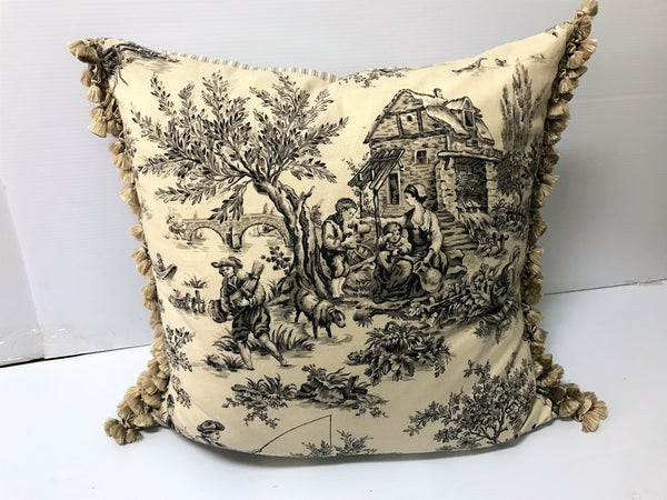 Country House Square Pillow