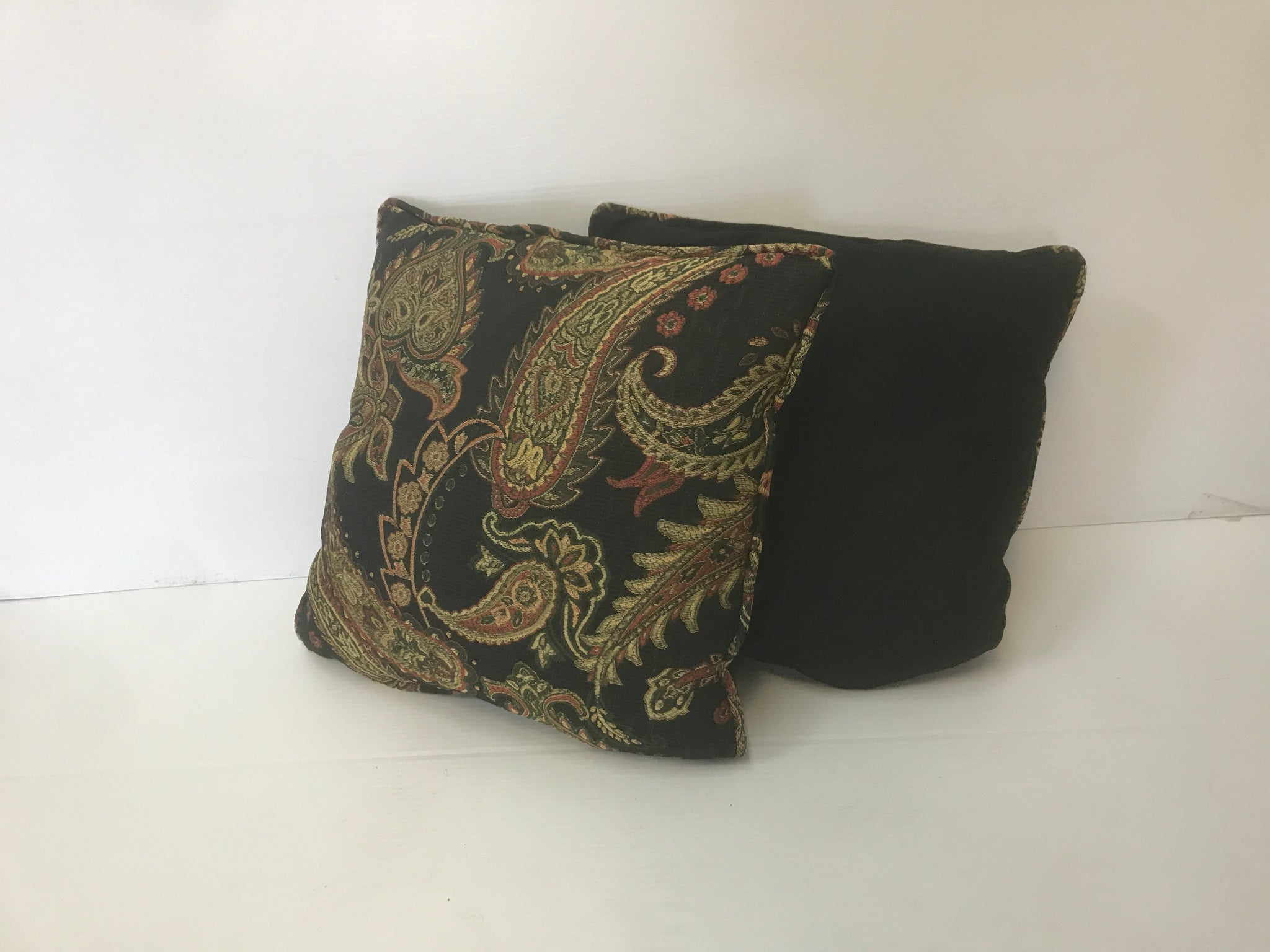 Black Flower Pattern Square Pillow