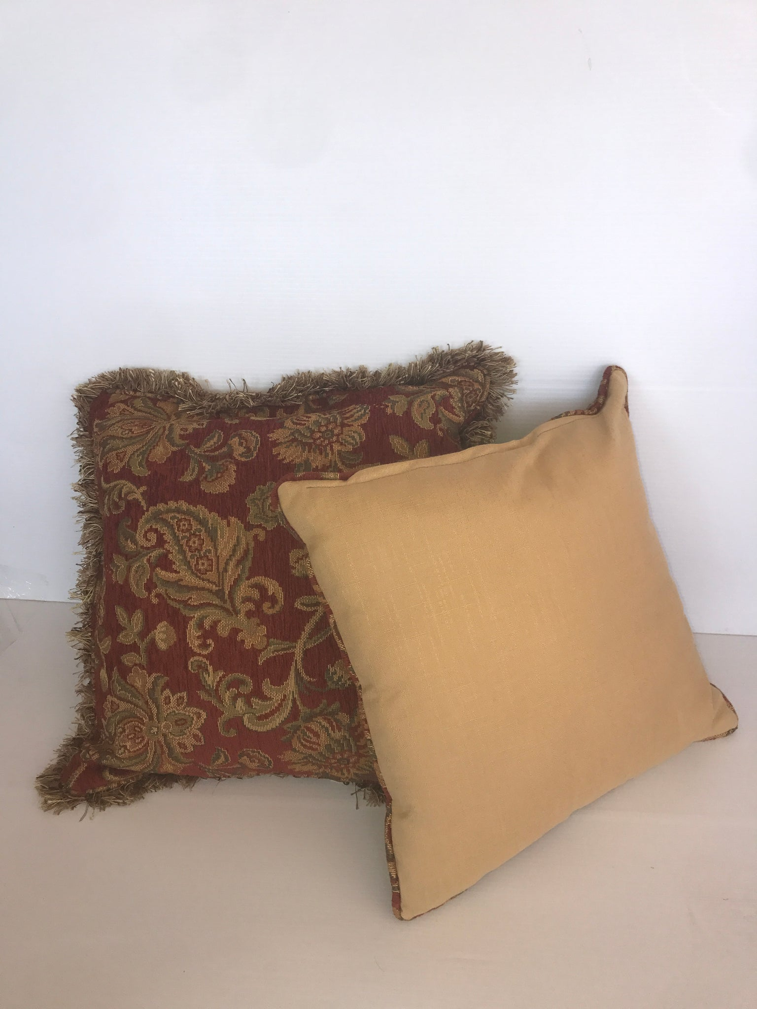 Fluffy Vintage Pattern Square Pillow