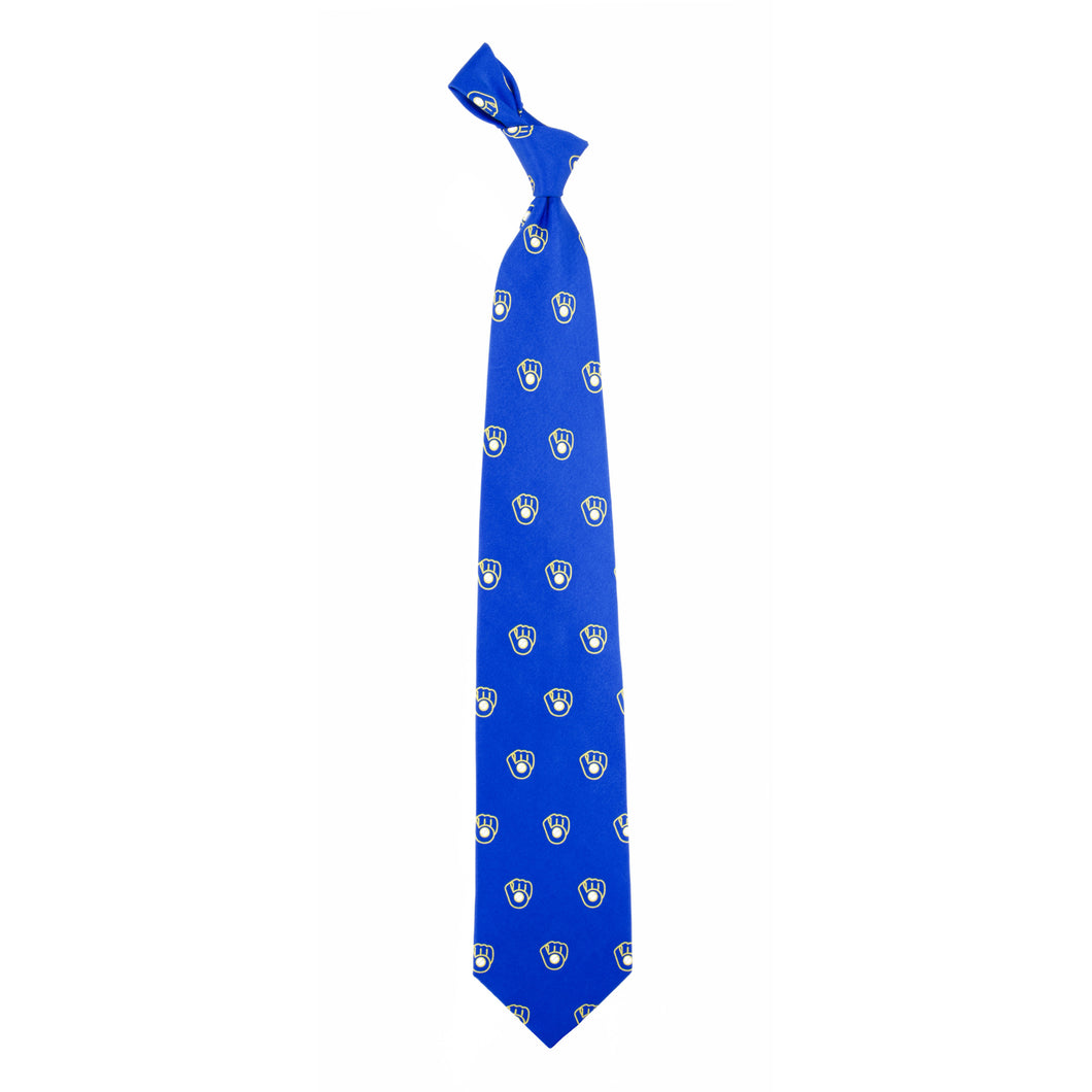 Milwaukee Brewers Tie Prep