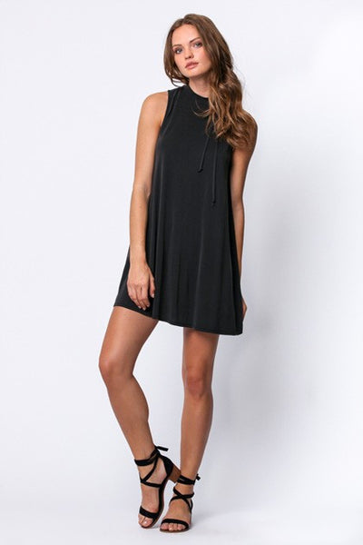 Perfect Package Shift Dress in Black