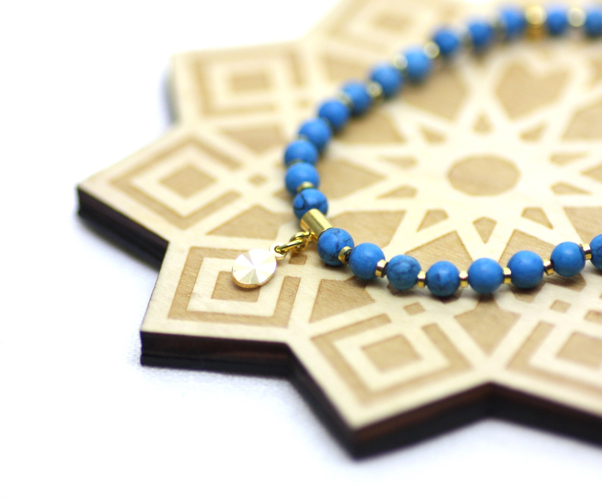 Turquoise Howlite and Gold Wrist Tasbih